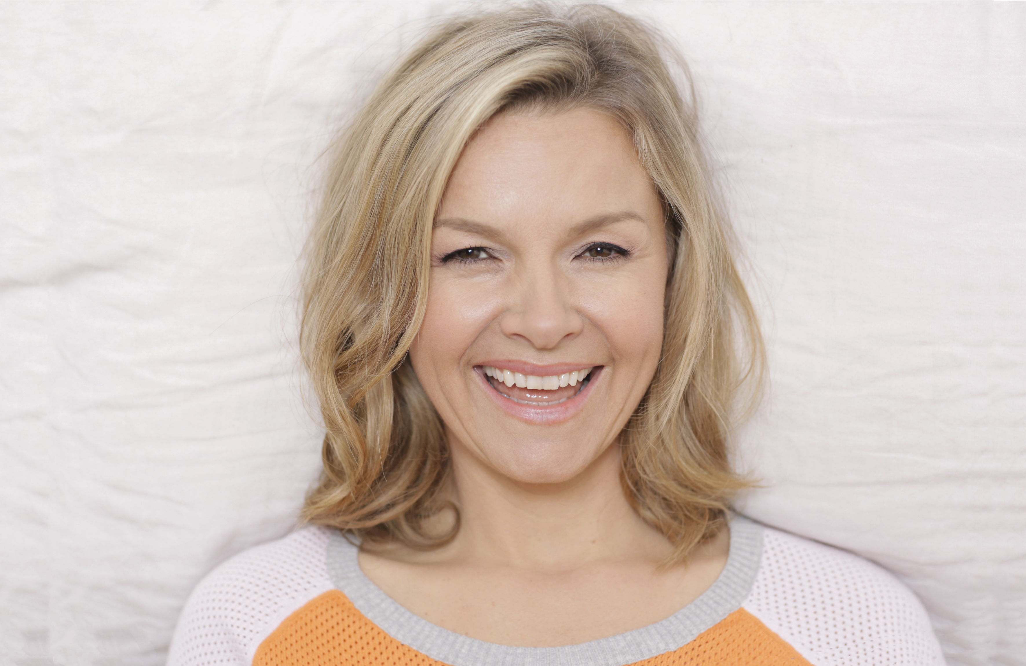 justine clarke   pyjama jam tour   offspring