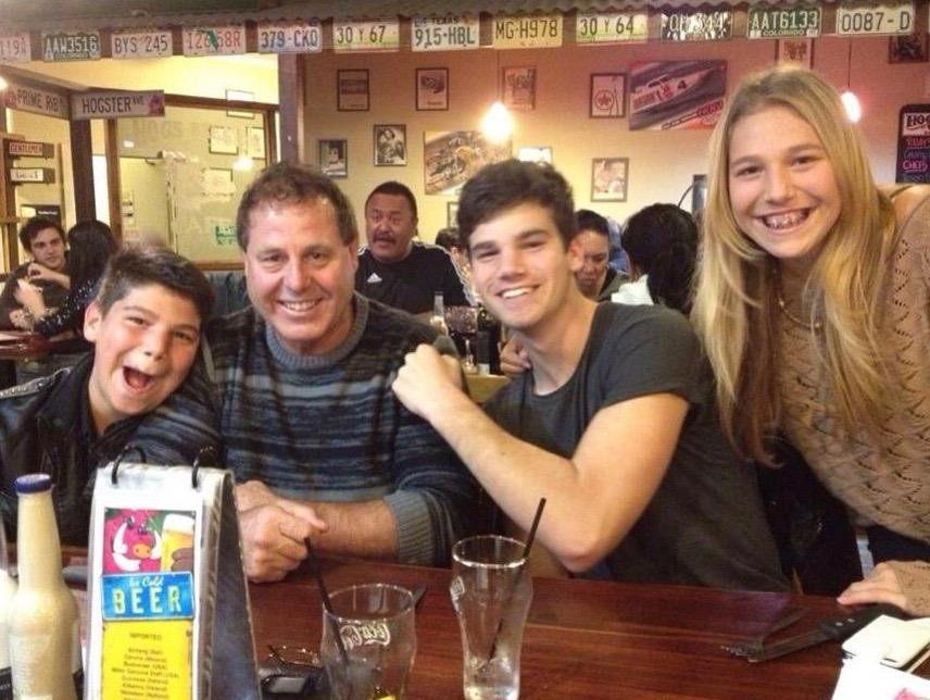 Robyns's husband Glenn and their three kids