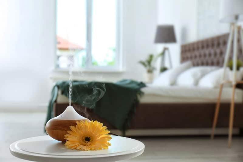 bedroom essential oils